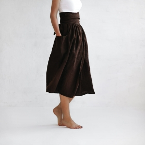 Linen skirt brown