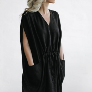 Linen dress with pockets black