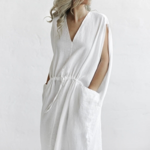 Linen dress with pockets white